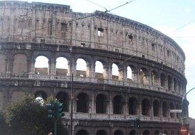 Чутовен дигитален проект ни вкарва на боевете в Колизеума