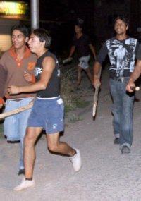 Ромите отвръщат на удара