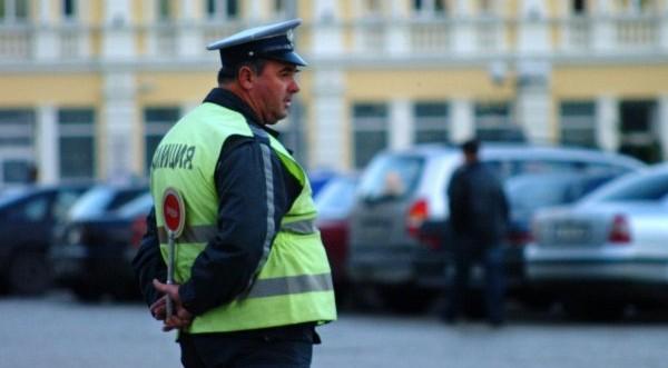 Полицаите ни 3 пъти повече на глава от населението от Румъния
