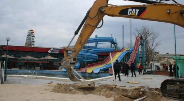 разрушение незаконных объектов на Солнечном берегу