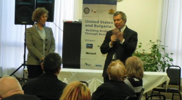 Джеймс Уорлик на встрече с болгарами в Чикаго