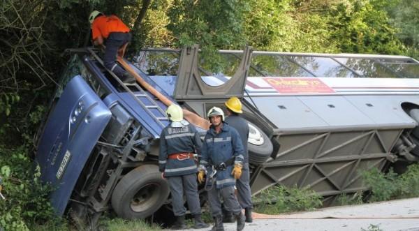 в болгарии перевернулся украинский автобус