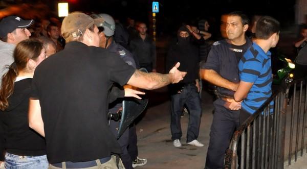 стычки протестующих в софии 27.09.2011