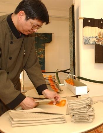Германец изобретил машина за сгъване на салфетки