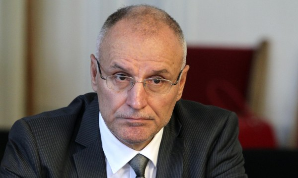 Димитър Радев обеща: Стрес тестове и преглед на банковата система