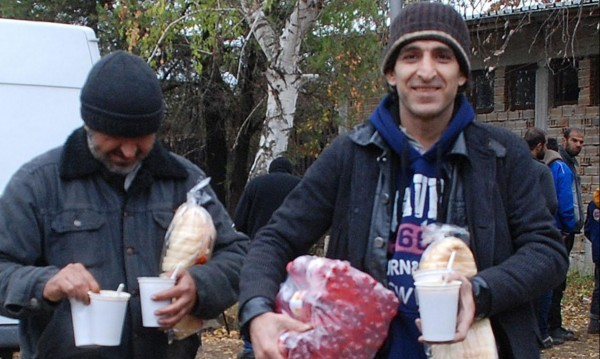 Правозащитници с критики към BG - роми, бежанци...