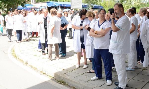 Лични лекари на протест от понеделник, кой ще ни лекува?