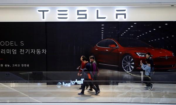 Tesla разочарова с продажбите