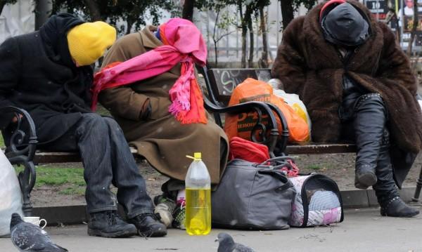 """Близо 200 бездомници нощували в центъра в """"Захарна фабрика"""""""