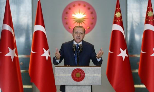 Върви ли Турция към президентско управление и диктатура?