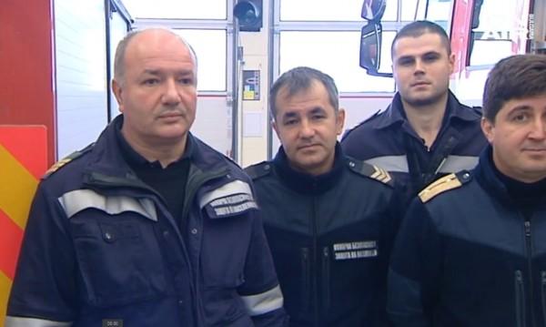 Екип, приятели, добряци... пожарникарите от Люлин