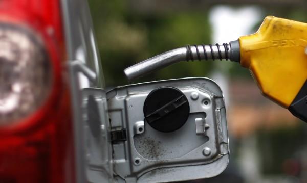 Процедурни спънки бавят казуса с картела на горивата