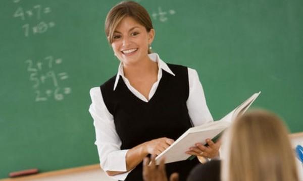 КНСБ иска: 327 млн. за скок на учителските заплати