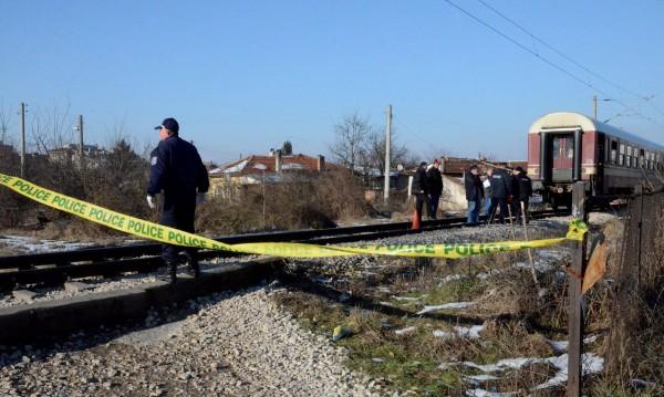 Експресен влак блъсна и уби жена на гара Зверино