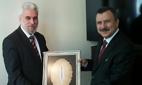 Изгонените турци – депутат на Ердоган, учител по ислям...