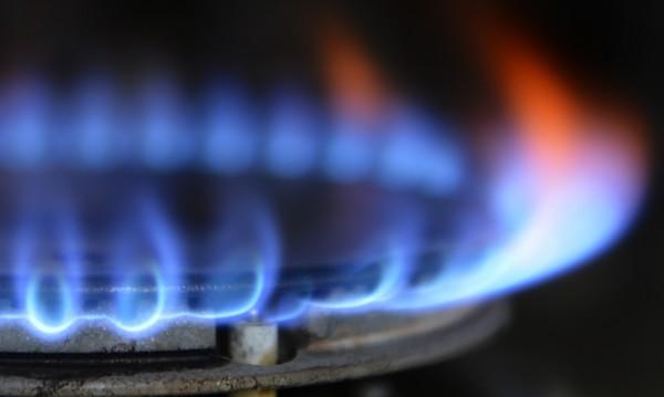 Съвсем не на шега: Газът поскъпва с 30%, водата – с 18%