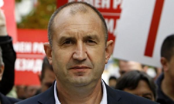 """Радев събира парламентарните партии на """"Дондуков"""" 2"""