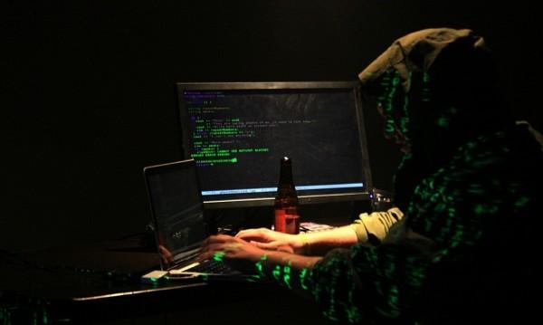 Хакери пробиха системата на митниците! И сега?