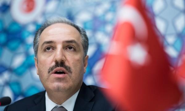 Турски депутат: Продължава асимилацията в България