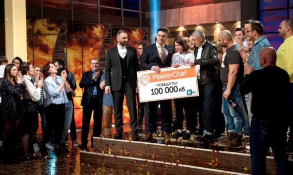 Божана грабна 100-те хиляди в MasterChef