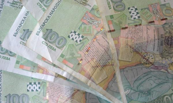 Ограничаването на кешовите разплащания срещна отпор в НС