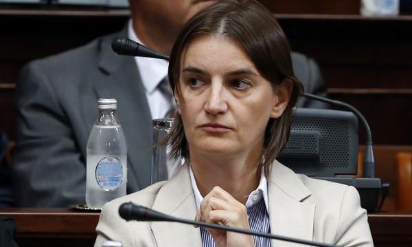 Истинска сензация за съседна Сърбия – коя е Ана Бърнабич?