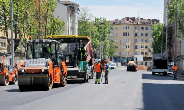 """Летните тапи: Отпушиха Попа, но затварят """"Прага"""""""