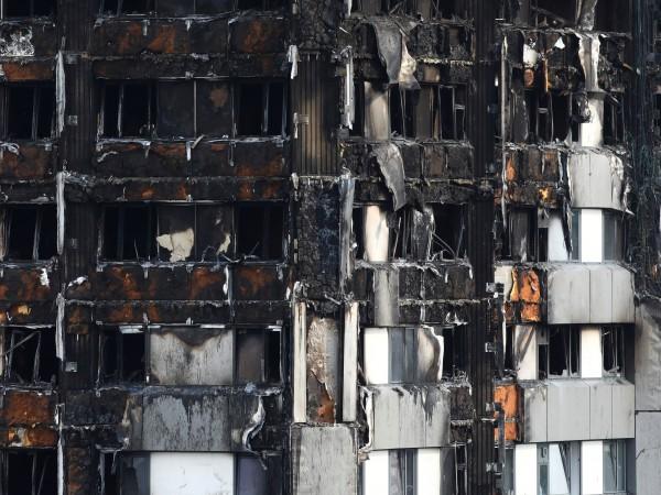 Пожарът в жилищния блок Гренфел тауър в Лондон е причинено
