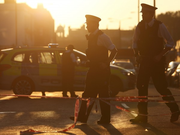 Един човек е убит и 10 са ранени при нападението