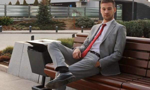 Кезим Медев – горд, че е в УНСС, иска да работи за имиджа му!