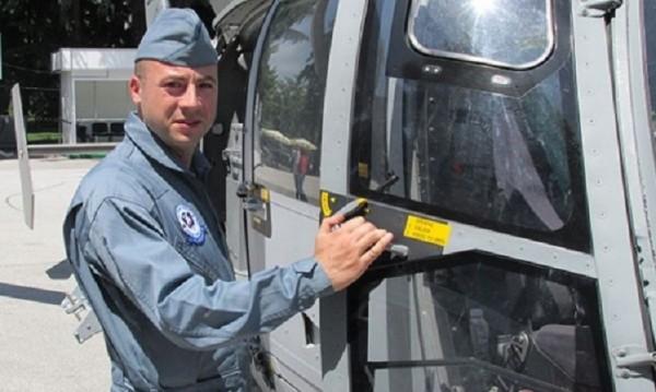 """За загиналия пилот на """"Пантер"""" – събират пари за паметник"""