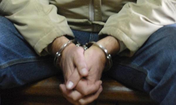 Арестуваха посредник в телефонна измама в Кърджали