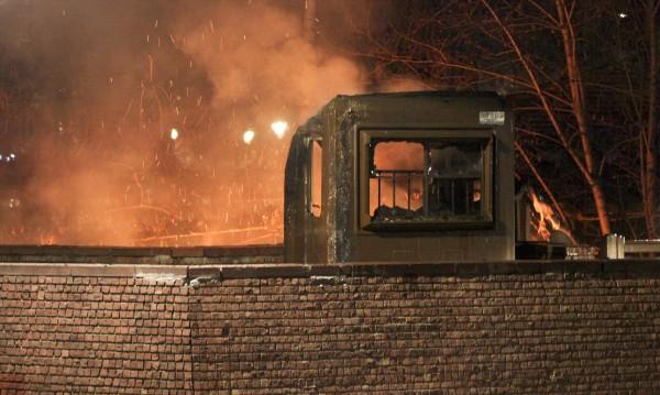 Пожарникари спасиха жена и две деца в Пловдив