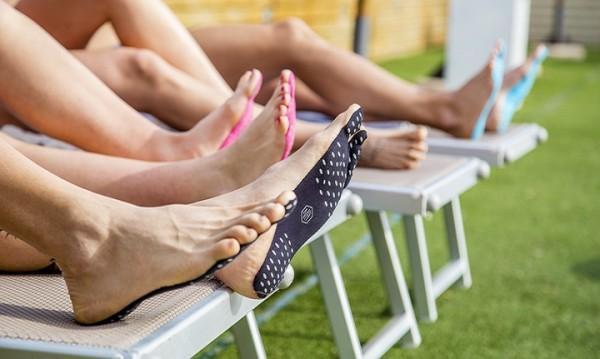 Нова технология: Лепенки вместо обувки