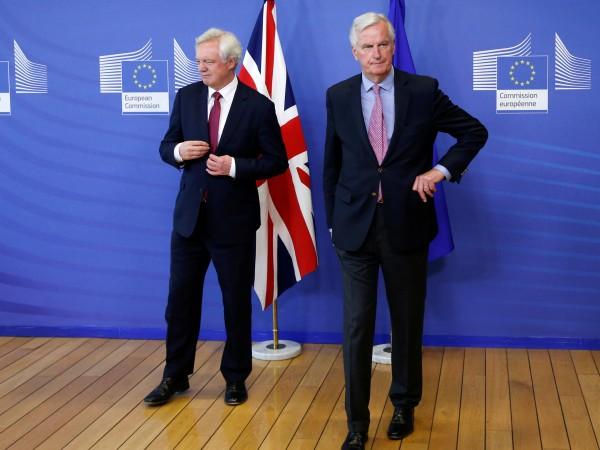 Британският министър за Brexit-а Дейвид Дейвис и Евросъюзът сложиха край
