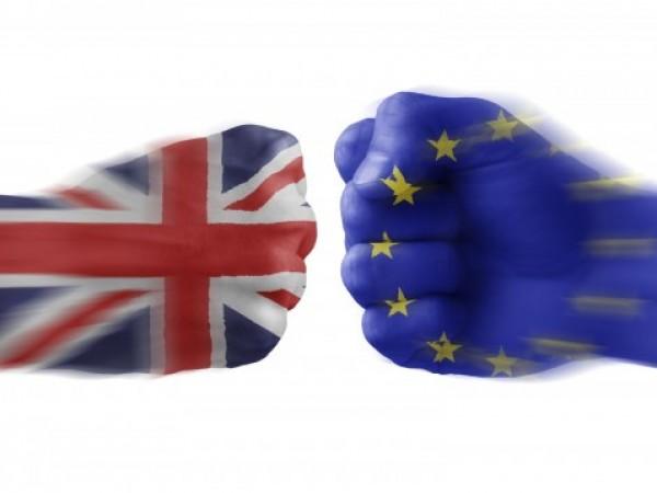 Британското правителство се готви да обяви процес на регистрация за