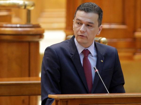 Румънските депутати свалиха от власт правителството на премиера Сорин Гриндяну,