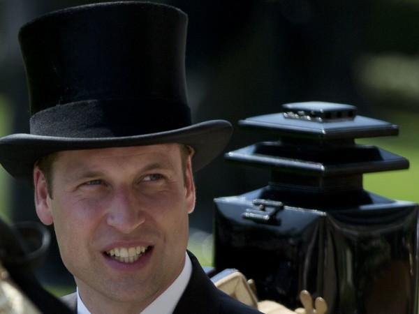 Принц Уилям навършва днес 35 години. По този повод в.