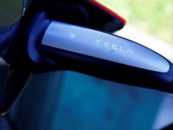 В изявление от четвъртък Tesla заяви, че е необходимо да