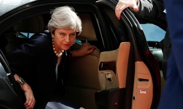 Лондон обещава: Права за европейците, 5 г. престой...