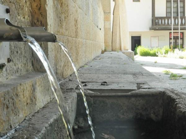 Здравните власти разрешиха използването на водата, която тече от чешмите
