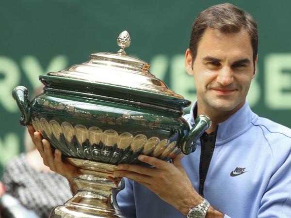 Роджър Федерер (Швейцария) спечели за рекорден девети път турнира по
