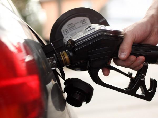 Бензинът и дизелът у нас поевтиняха в края на юни