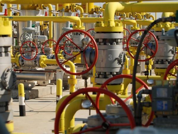 Тенденцията за намаляване на цената на петрола на световните пазари
