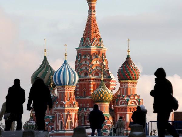 Руските сенатори започват борба с външната намеса в работите на