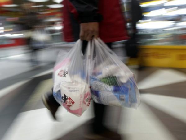 Пълна забрана за употреба на найлонови торбички до 2025 година.