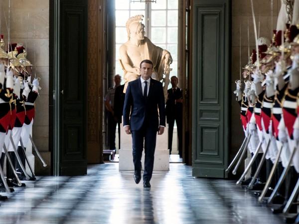 Еманюел Макрон отиде вчера във Версайския дворец и провъзгласи френска