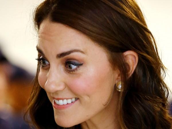 Кейт Мидълтън смени дръзко визията си и се подчини на