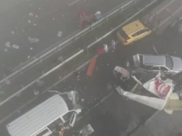 Верижни пътни инциденти са станали в двете платна на магистрала
