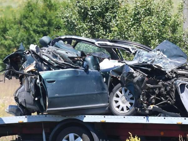 Снимка: Булфото12345678910111231 ранени и над 40 смачкани автомобила е равносметката